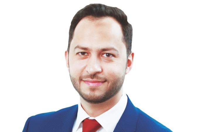 Shahzad Naqvi,-PG 14